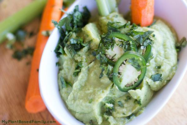 Vegan hummus that everyone will love.