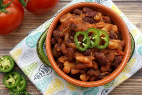 vegetarian chili 3 600x401