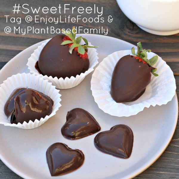 chocolates hearts square