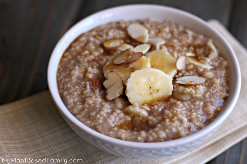 Instant Pot Banana Nut Oatmeal takes the flavors of Banana Bread and adds the wholesomeness of oatmeal.