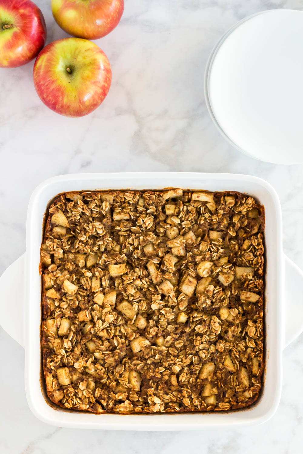 Plant-Based Apple Cinnamon Baked Oatmeal
